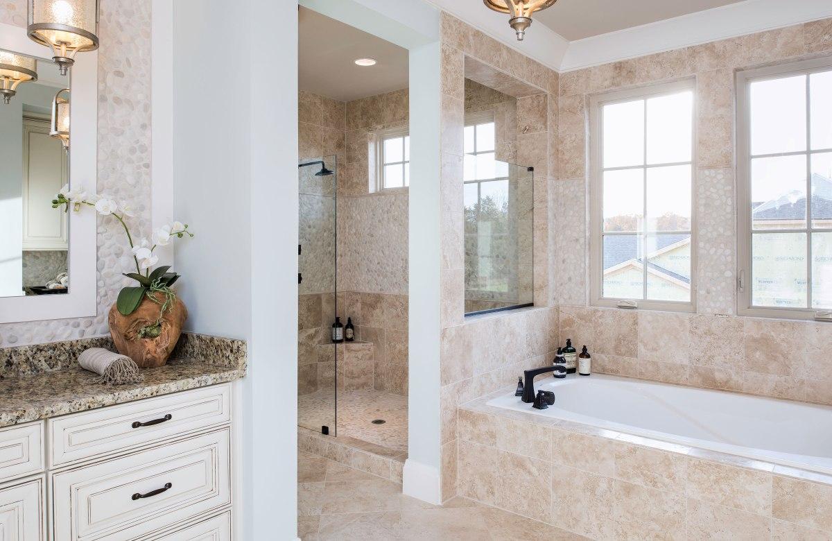 Top 3 Current Luxury Bath Trends