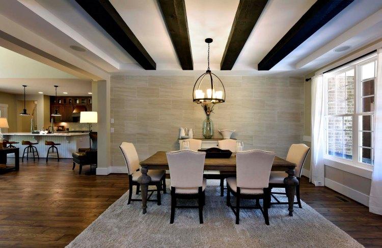 r Dining Room