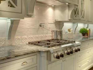Kitchen-with-white-brick-and-decorative-tile-backsplash